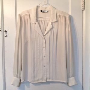 • VINTAGE • White Pleated Long Sleeve Blouse